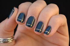Блестящий, темно польский с тонкой золотой полосой дает резкий элегантность  @ blognailedit в ногтях.   Read more: http://beautyhigh.com/tuesdays-nailcall-graphic-details-moon-manicures/#ixzz3Igfaxr6W