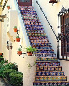 Home Discover Mosaic Tile Photo Architecture Photo McNay Museum Art San Antonio Photo Colorful Steps Colorful Wall Decor Mexican Decor Mexican Style Homes, Hacienda Style Homes, Spanish Style Homes, Spanish House, Spanish Revival, Spanish Tile, Spanish Bungalow, Mexican Style Kitchens, Spanish Home Decor