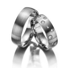 Verighete aur alb MDV679 #verighete #verighete7mm #verigheteaur #verigheteauralb #magazinuldeverighete Love Bracelets, Cartier Love Bracelet, Bangles, 1 2 3 Gold, Wedding Rings, Engagement Rings, Jewelry, Classic Wedding Rings, Diamond Band Wedding Rings