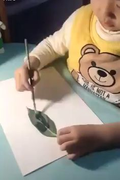 Amazing Ideas and Photography 😍🔥 - Bastelideen - Boy Diy Crafts, Preschool Arts And Crafts, Diy Crafts For Adults, Craft Activities For Kids, Diy Crafts Videos, Diy For Kids, Fun Crafts, Kids Fun, Preschool Body Theme