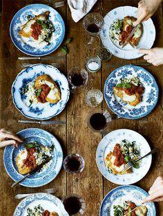 Kyckling Parmigiana med tomatsås och spenat- och vitlöksris
