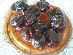 Glyko vyssino (Sour cherries) can be made into one of the most priced fruit preserves. You can eat it as it is or served on top of ice cream, puddings, cheesecakes and many more desserts. Greek Desserts, Greek Recipes, Desert Recipes, Cypriot Food, Fruit Preserves, Sour Cherry, Edible Gifts, Back Home, Sweet Treats