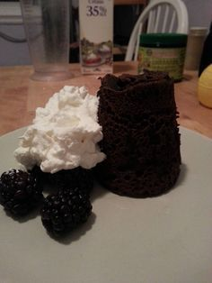 Apparently the best Keto Flourless Chocolate Mug Cake I've found yet, and all the rave reviews in the comments are a testament to how tasty it is! - (5 carb count is using granular Splenda)