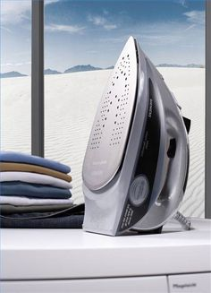 How to Clean a Steam Iron With Vinegar