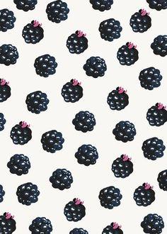 pearlkindagirl:  Berries yumm
