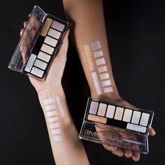 Catrice Ultimate Chrome Palette.  Perfectly blendable and buildable shades for endless eye looks