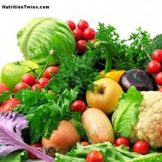 The Dirty Dozen - The Foods to Eat Organic | NutritionTwins.com