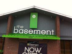 DJ_Tony_live__at_the_basement_club