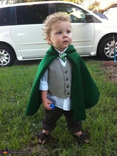 Hobbit Costume - 2013 Halloween Costume Contest via @costumeworks