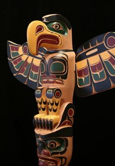 Inuit Gallery of Vancouver. Masterworks of Inuit and Northwest Coast Inuit Kunst, Arte Inuit, Arte Haida, Inuit Art, Native American Totem Poles, Native American Masks, American Indian Art, Totems, Totem Pole Art