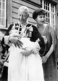 Crown Prince and Princess Wilhelm of Germany with their granddaughter, Princess Felicitas. You don't see many photos of this couple together as they grew older.