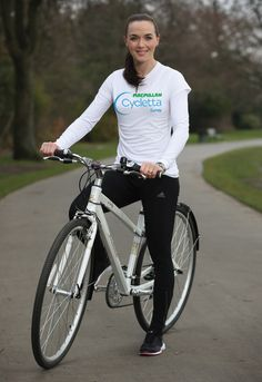 Everything You Need To Know About Getting Into Cycling, According To An Olympic Athlete -- This is Victoria Pendleton – one of Britain's most successful female Olympians and track cyclists. Victoria Pendleton, Queen Vic, Bicycle Girl, Bike, Olympic Athletes, Olympic Champion, Cycling Tips, N Girls, Summer Olympics