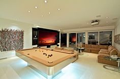 Love this man cave!!!