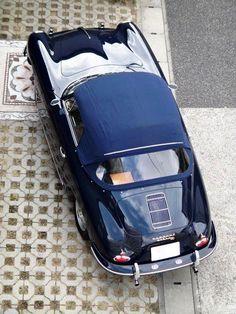 So slick, so gorgeous -1960 Porsche 356 Super 90 / T-5. #vintage #1960s #cars