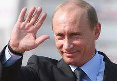Valdimir Putin short fingers