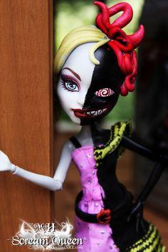 Mia + Tia Halfley by =MHScreamQueen on deviantART