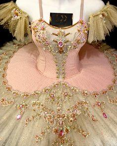 Ballet Tutu, Ballerina Costume, Ballet Costumes, Dance Costumes, Bolshoi Ballet, Carnival Costumes, Gold Tutu, Pink Tutu, Cute Dresses