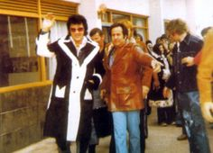 October 2, 1974 - Elvis Leaving the Hilton Hotel in South Bend, IN on his way to St. Paul , MN on October 2, 1974