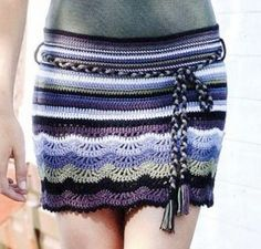 crochet skirt // This connects to a Russian website with graphs for several ripple & shell skirts, but I didn't see this one. I like the colors though.