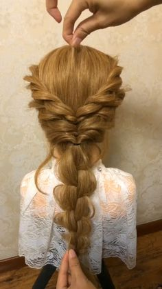 Wedding Hairstyles For Medium Hair, Open Hairstyles, Bride Hairstyles, Hair Up Styles, Medium Hair Styles, Hair Style Vedio, Elsa Hair, Traditional Hairstyle, Braids For Long Hair