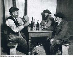 A Kertész. Drinking after work, Savoie 1929