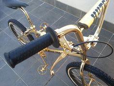 Choosing the Right Mountain Biking Shoes Vintage Bmx Bikes, Old Bikes, Cheap Bmx, Velo Biking, Golden Bike, Bmx Wheels, Bmx Bikes For Sale, Bmx Cruiser, Bmx Girl