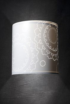 luminaires on pinterest appliques papillons and cousins. Black Bedroom Furniture Sets. Home Design Ideas