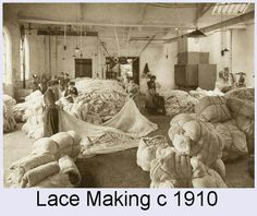 Google Image Result for http://freepages.genealogy.rootsweb.ancestry.com/~leveritt/1026_7_Lace_Making_3.jpg