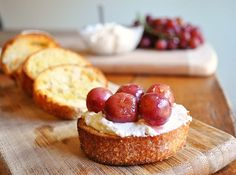 Ricotta Crostini with Roasted Grapes