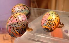 """a great """"hole making"""" tool and how to use it.  #Polymer #Clay #Tutorials"""