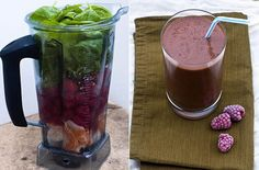 A Seriously Delicious 'Green' Smoothie — Spinach, Banana, Dried dates (5), 2 tblspn Flaxseed, Orange, Raspberries (2 cups), Ice