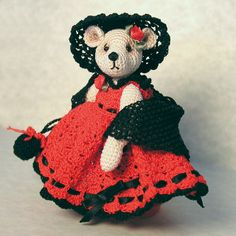 This free pattern contains instructions to crochet Lulu bear AND Southern Belle ensemble. The Lulu pattern makes a 3-1/2 inch miniature thread teddy bear using size 20 cotton thread and a size 10 crochet hook. Size 8 pearl cotton may be substitued.