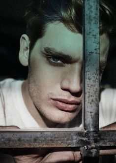Via Dom Sherwood News Clary Und Jace, Alec And Jace, Cassandra Clare, Models Off Duty, Jace Lightwood, Shadowhunters Series, Dominic Sherwood, Shadowhunters The Mortal Instruments, Matthew Daddario
