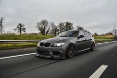 BMW Touring 800 hp 4 This heavily tuned BMW Touring delivers 800 horsepower Bmw Touring, Best Car Companies, Bmw M3 For Sale, Bmw 335i, Ford Transit Custom, Diesel, Bmw M3 Coupe, Used Bmw, Cars