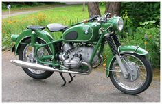 1968 BMW R69US Painted Green. Gorgeous!