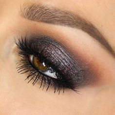 Makeuphall: The Internet`s best makeup, fashion and beauty pics are here. Grey Eye Makeup, Smokey Eye Makeup, Eyeshadow Makeup, Face Makeup, Makeup Geek, Beauty Makeup, Makeup Style, Eyeshadow For Blue Eyes, Gorgeous Makeup
