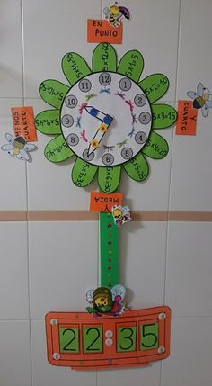 Lucía García Martínez teacher of Infant Education at C. Primary Education, Elementary Education, Kids Education, Education Major, Math Games, Preschool Activities, Math Clock, Clock Craft, School Decorations