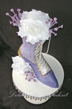 Lavender antique shoe cake