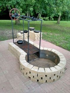 Fire Pit Ideas Backyard - 65 Good Cheap and Easy Backyard Fire Pit and Seating Area Fire Pit Grill, Diy Fire Pit, Fire Pit Backyard, Fire Pit To Cook On, Cheap Fire Pit, Backyard Fireplace, Fire Pit Video, Fire Pit Plans, Fire Pit Essentials