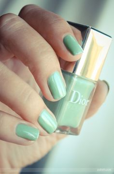DIOR Waterlilly, perfect minty Spring/Summer color