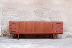 ENFILADE DANOISE EN TECK VINTAGE ANNÉE 1960, SCANDINAVE,JOHANNES ANDERSEN,MOBELFABRIK http://www.gentlemen-designers.fr