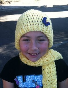 Crochet Dynamite: Butterfly Wings scarf and hat Crochet Owls, Crochet Beanie, Crochet Baby, Free Crochet, Knit Crochet, Crochet Patterns, Crochet Ideas, Butterfly Scarf, Crochet Butterfly