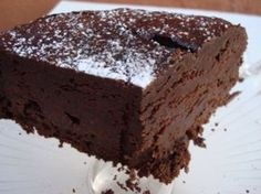 Flourless chocolate cake THM S Brownie Recipes, Cake Recipes, Dessert Recipes, Food Cakes, Cupcake Cakes, Cupcakes, Dark Chocolate Cakes, French Chocolate, Chocolate Ganache