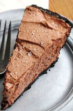 Bailey's Salted Caramel Chocolate Pie