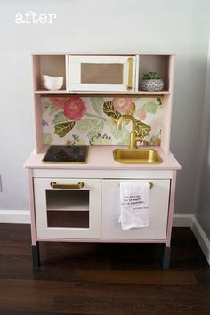 Easy IKEA DUKTIG Play Kitchen Makeover that took me less than an hour and cost less than $5.