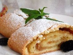 Sand strudel with apples