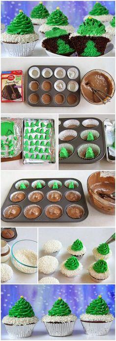 Christmas Cookies: Cheesecake Stuffed Christmas Tree Cupcakes