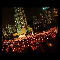#HongKong residents mark the anniversary of the 1989 #Tiananmen Square protests in Beijing (via @clarencechiang)