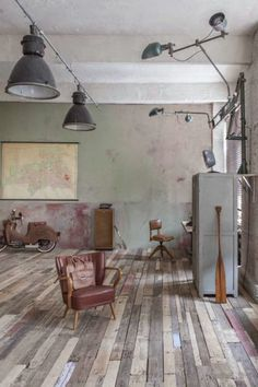 Industrial in (Germany industrial architecture) Industrial Living, Industrial Interiors, Rustic Industrial, Industrial Furniture, Furniture Decor, Industrial Architecture, Interior Architecture, Interior And Exterior, Design Creation