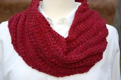 Free! Ravelry: Squishy Soft Cowl pattern by Jill June. (with a modification table for other sizes and yarn weights)